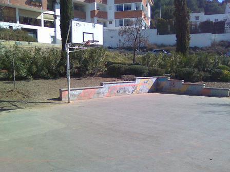 Pista baloncesto Puerta las Granadas